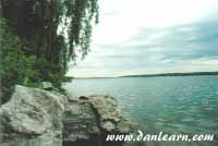 Niagara River shoreline